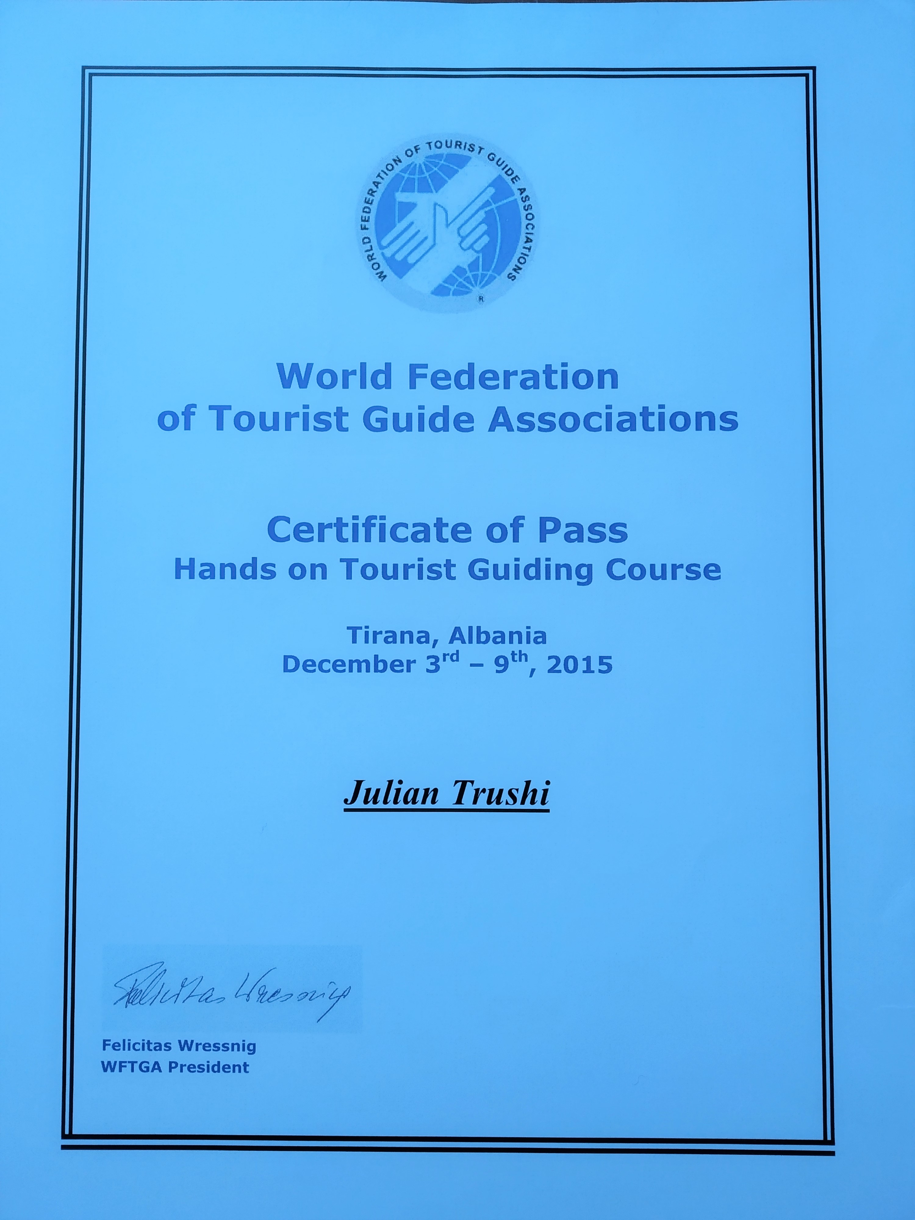 qualified tourist guide