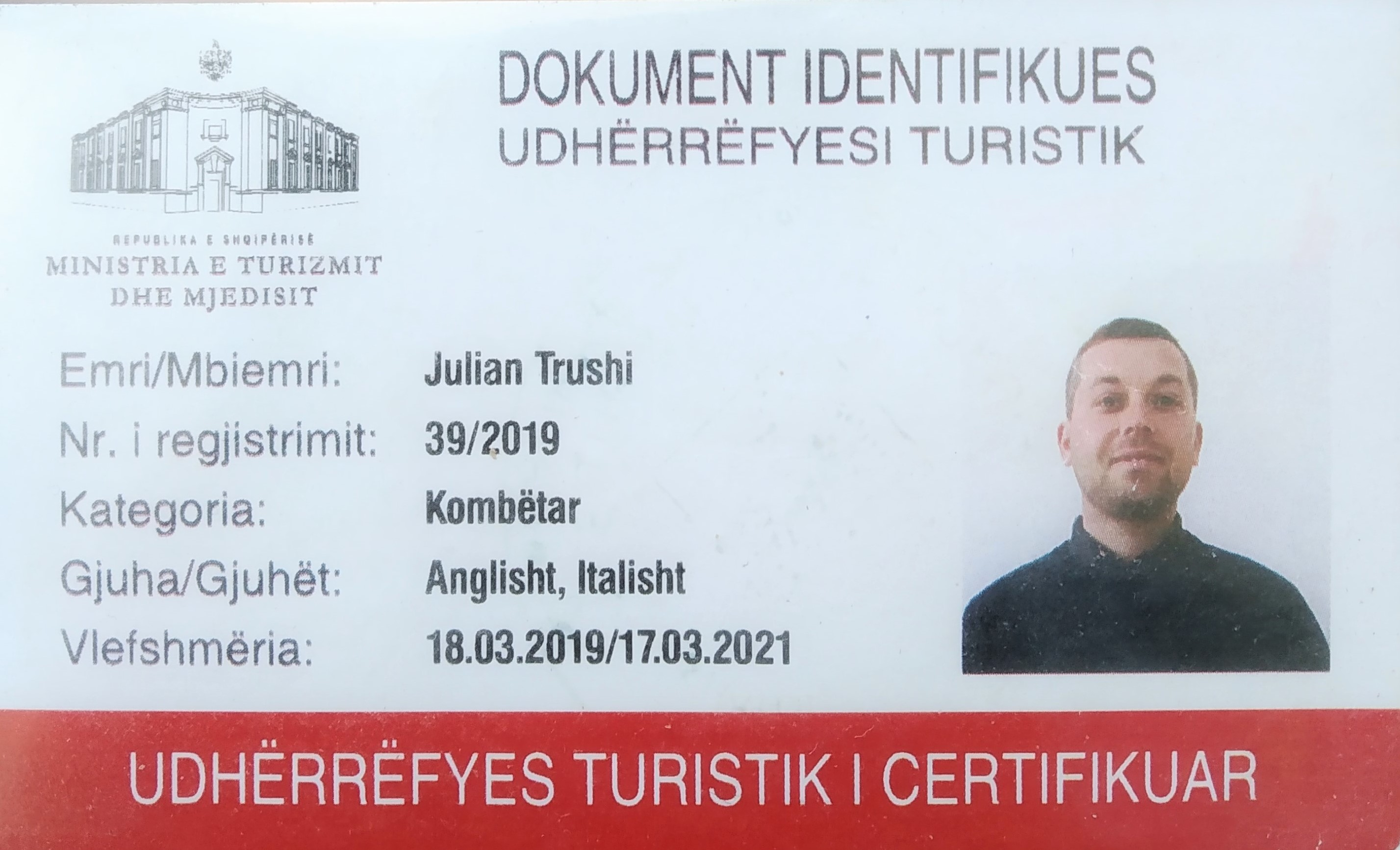 Qualified Tour Guide